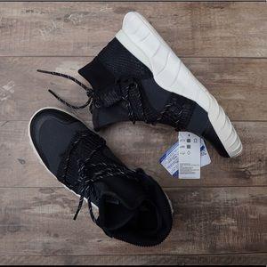 *New* Adidas Tubular X 2.0 Black & White Women's